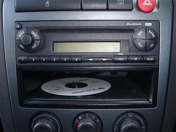 autoradio 2 din clarion seat ibiza 2002 2008. Black Bedroom Furniture Sets. Home Design Ideas